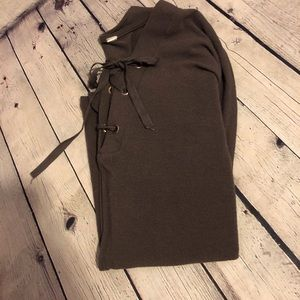 Sweaters - Super soft and comfy sweater size M